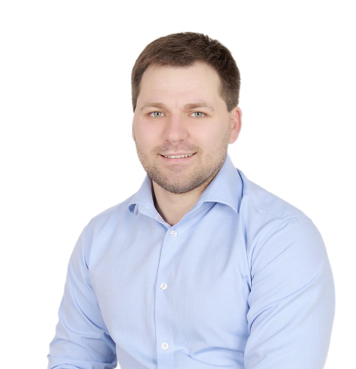 Власенко Юрій Юрійович